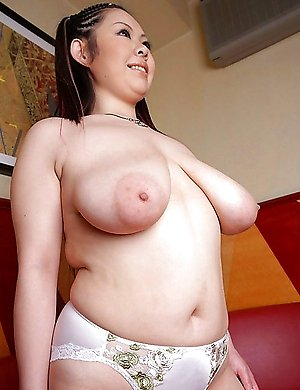 Big tits Asian and Japanese girls pictures