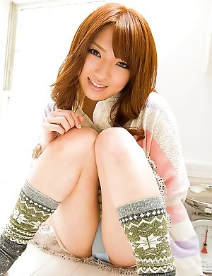 Solo adventures of this lovely Asian babe Shiori Kamisaki