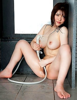 It will be a sweet surprise for you to see Anri Okita naked