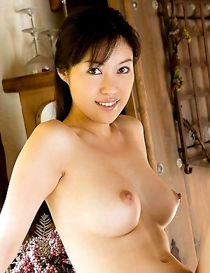 You are lucky to see boobs and legs of wild Akane Nagase